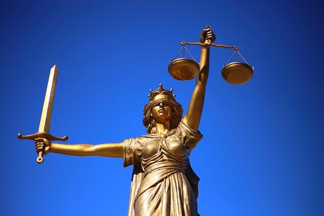 justiça. justiça para todos. justiça gratuita.